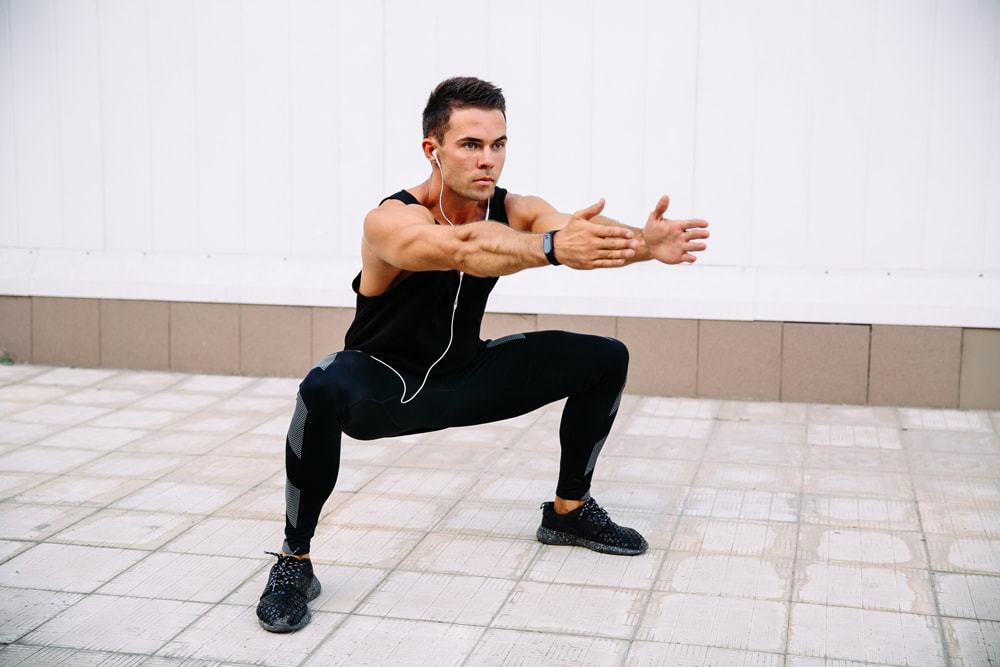 how-to-do-sumo-squats