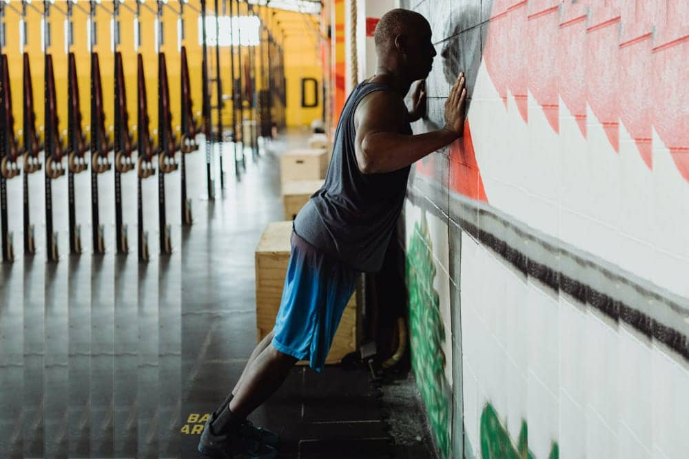 how-to-do-wall-pushup